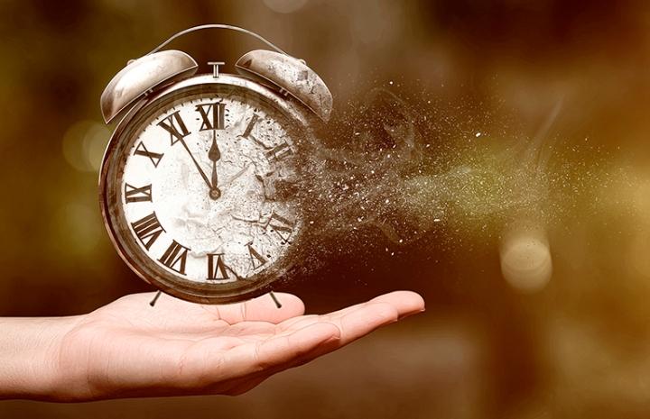 Zaman-Algısı-İnsanlarda-Nasıl-Değişiyor